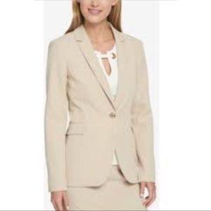New Tommy Hilfiger one Button wheat blazer jacket